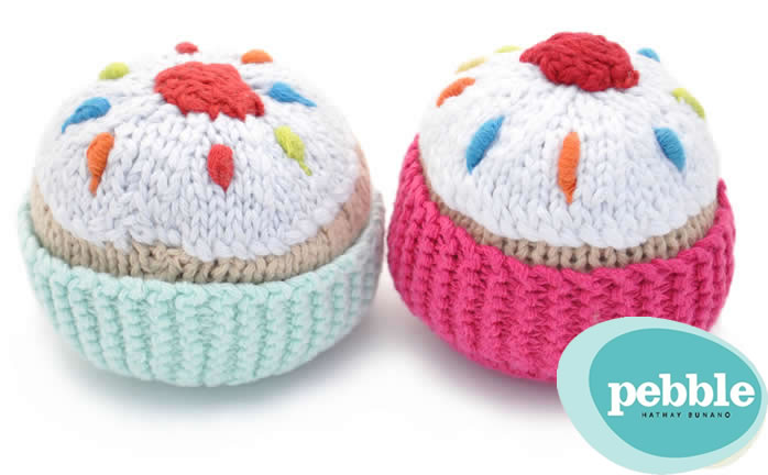 knitted toy cakes