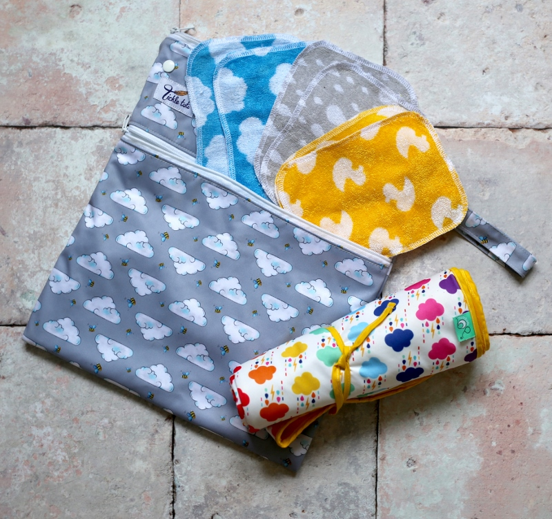 Reusable nappy kit for out and about
